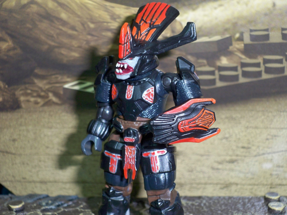 Image of: Super Poseable Brute Chieftain