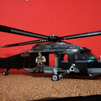 black-hawk-helicopter-moc-after-the-storm