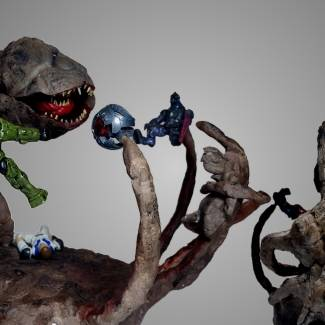 Image of: Gravemind (Bungie version) 2 in 1 figure with Captain Keyes scene from Halo One