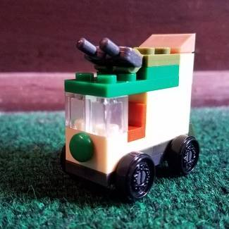 Build Challenge #1 – Micro Building: Vehicle – TMNT Party Wagon
