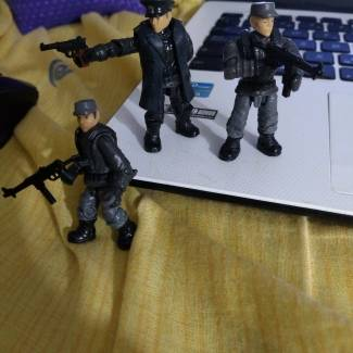 Image of:  Flint and some custom soldiers