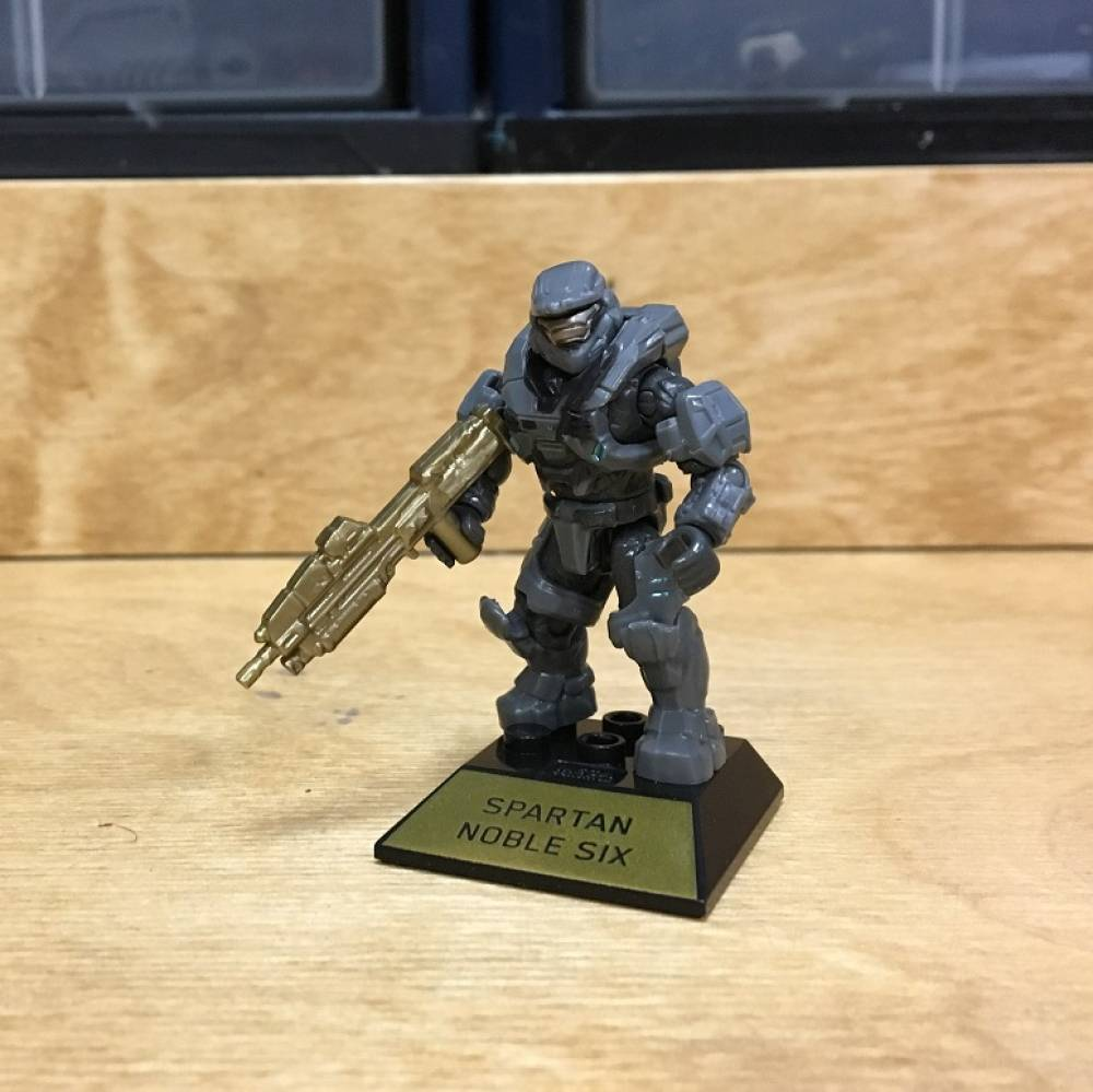 Image of: First Look: Halo 10th Anniversary Halo Heroes Master Chief