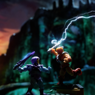 Image of: MOTU Wind Raider Set - He-Man vs. Skeletor