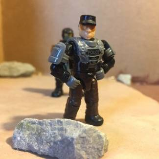 Image of: Halo: Behind The Scenes: The Cast: Security Guard Steve