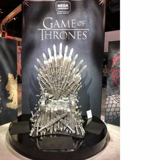 Image of: Game of Thrones: Life-Sized Iron Throne!