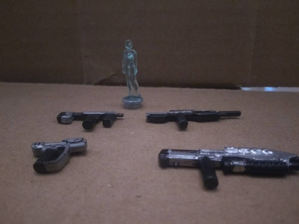 Image of: Some weapons for the Chief