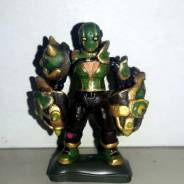 Female fighter, Ancient Jade knuckles.