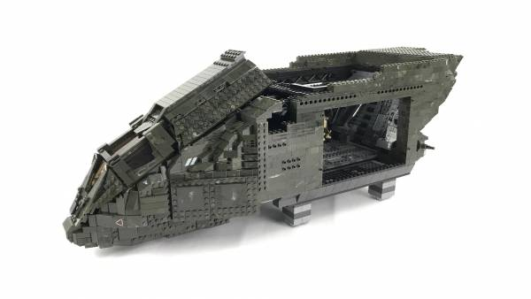 ultimate-pelican-dropship-moc-phase-2-cockpit-and-armory
