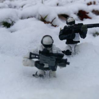 Image of: First snow here!! COD & Halo