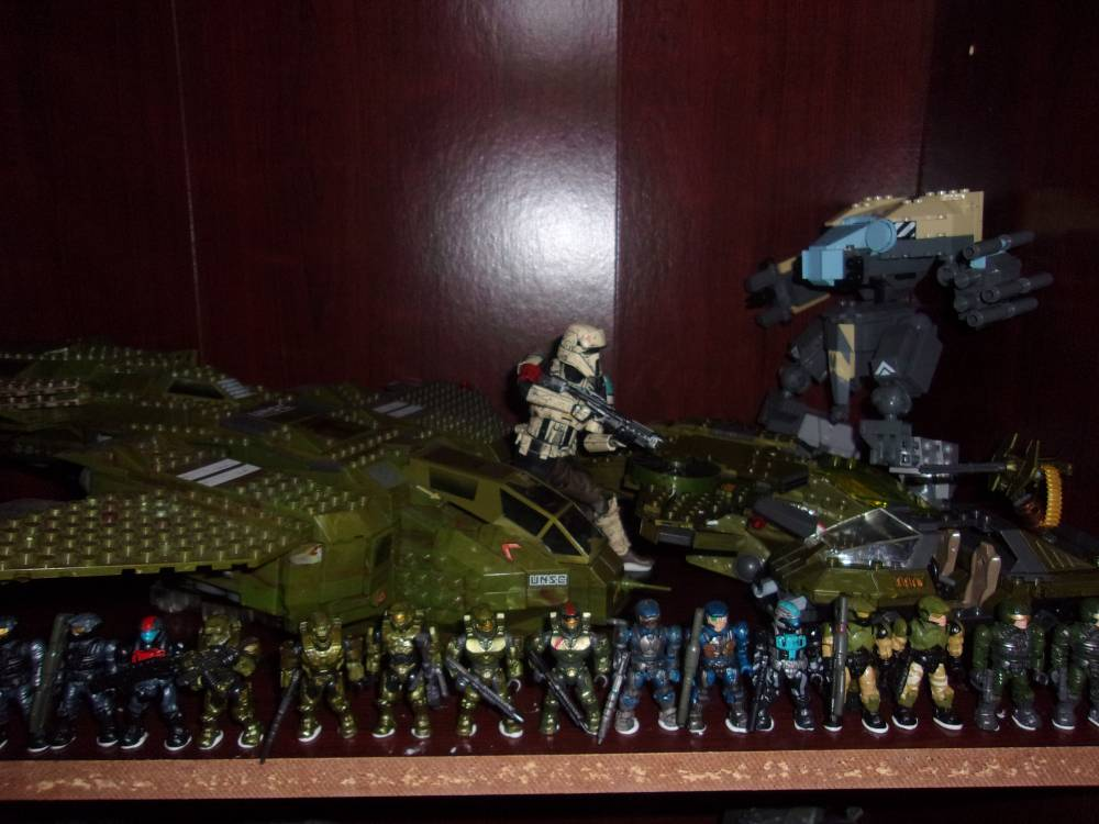 Image of: Packing up: Working on Final Displays 5