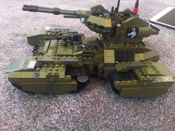 grizzly-only-using-scorpion-pieces