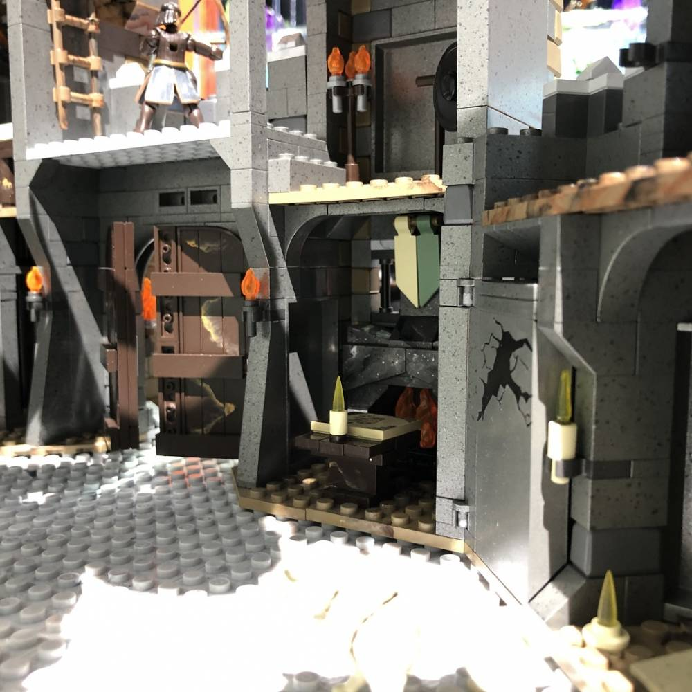 Image of: Live from NY Toy Fair: Game of Thrones Winterfell!