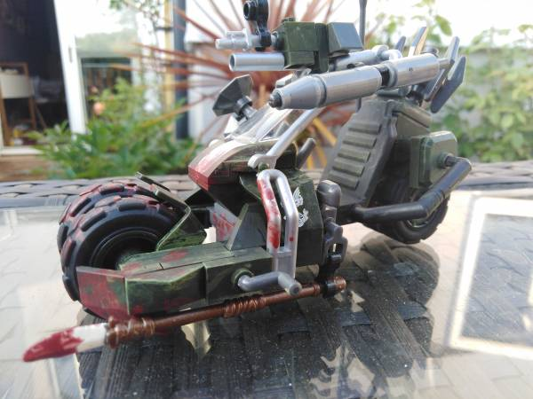 meat-bicycle-borderlands-themed-bike
