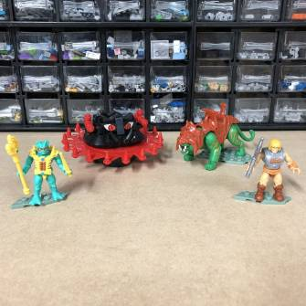 closer-look-masters-of-the-universe-roton