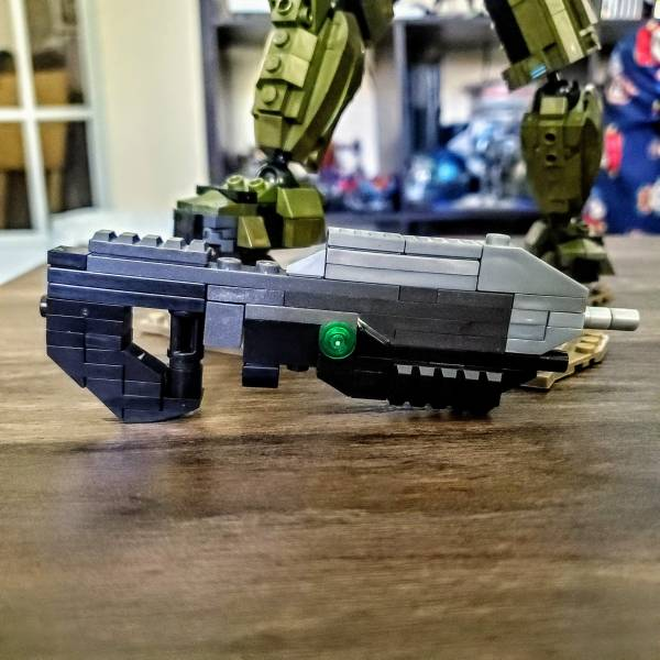 ma5c-assault-rifle-rebuild-from-master-chief-battle-for-the-ark-set