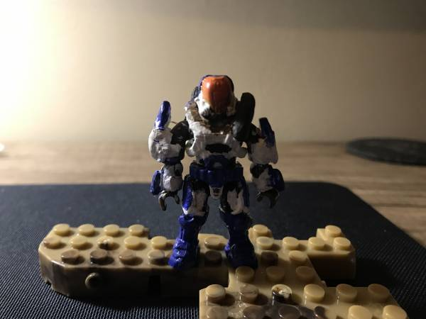 custom-halo-spartan-with-blue-flame-thrower