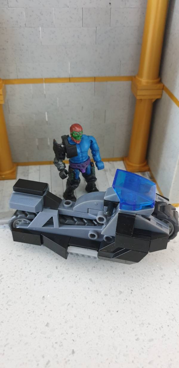 trap-jaw-s-new-ride
