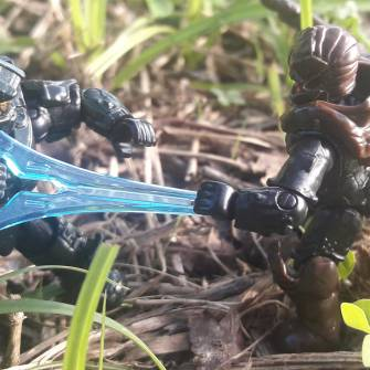 master-chief-vs-spartan-flood