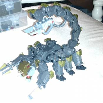 My coustom mech-scorpian made grom prototype mechs i needed 8 to build it